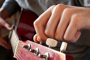 Gitarre stimmen - einfach