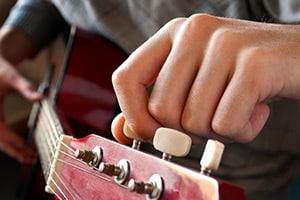 Gitarre stimmen – Wie mache ich das?